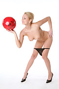 Lucianna Free Kick istripper model